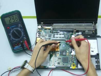sửa-chữa-laptop-ở-thủ-đức-2