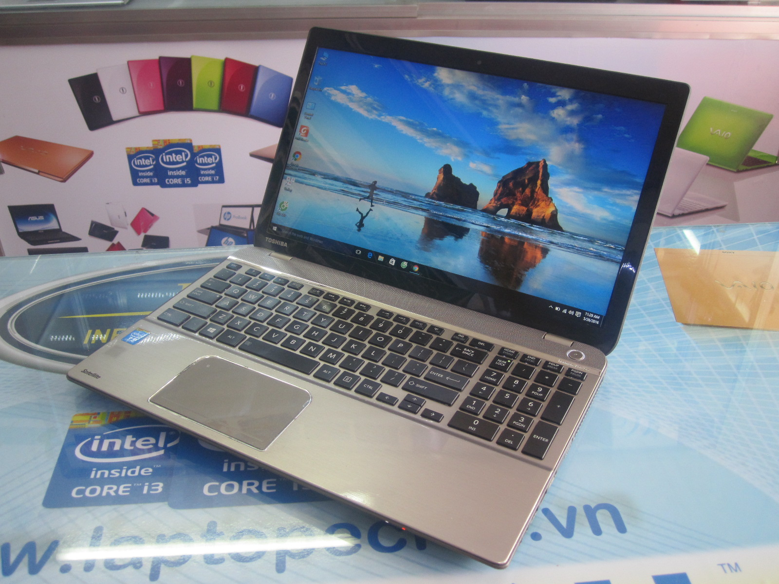 laptop cu toshiba