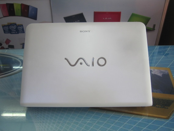 Lap-top-xach-tay-SONY-VAIO-SVE14132CVW-i3 (4)