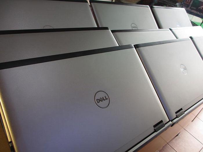 laptop-cu-2