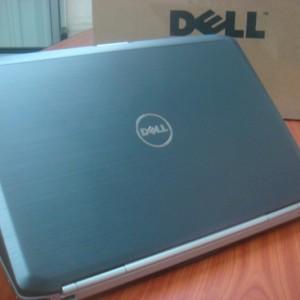 DELL Latitude E5420 Core i5-2520M-2.5GHz/Ram 4GB/HDD 250G/Màn Hình 14.0 inch/Máy vỏ nhôm nguyên bản