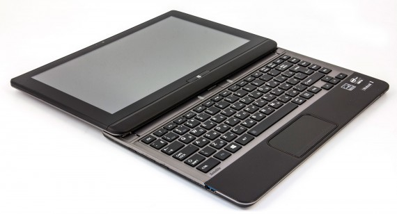 TOSHIBA Satellite U920t (2)