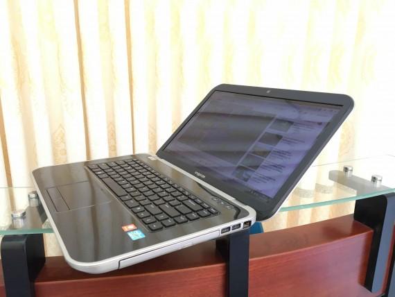 Dell inspiron 5520 (1)