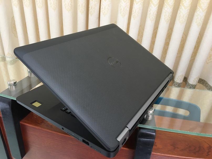 Dell Latitude E7470 (6)