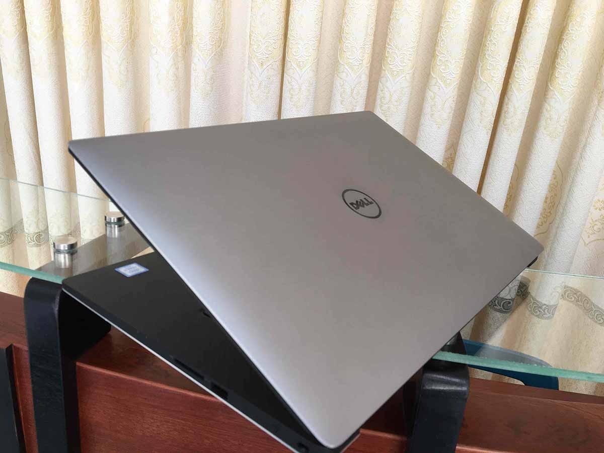 Dell-Precision-M5510-10