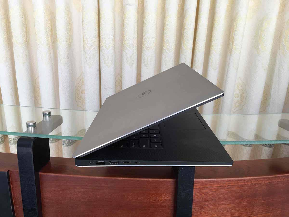 Dell Precision M5510 (3)