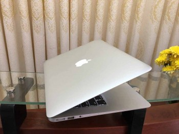 MacBook-Air-2015-4