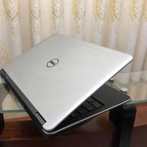 DELL Ultrabook E7240 Core i5-4300U/ Ram 4G/ SSD 128GB/LCD 12 inch-Vỏ nhôm_ Ultrabook mỏng nhẹ