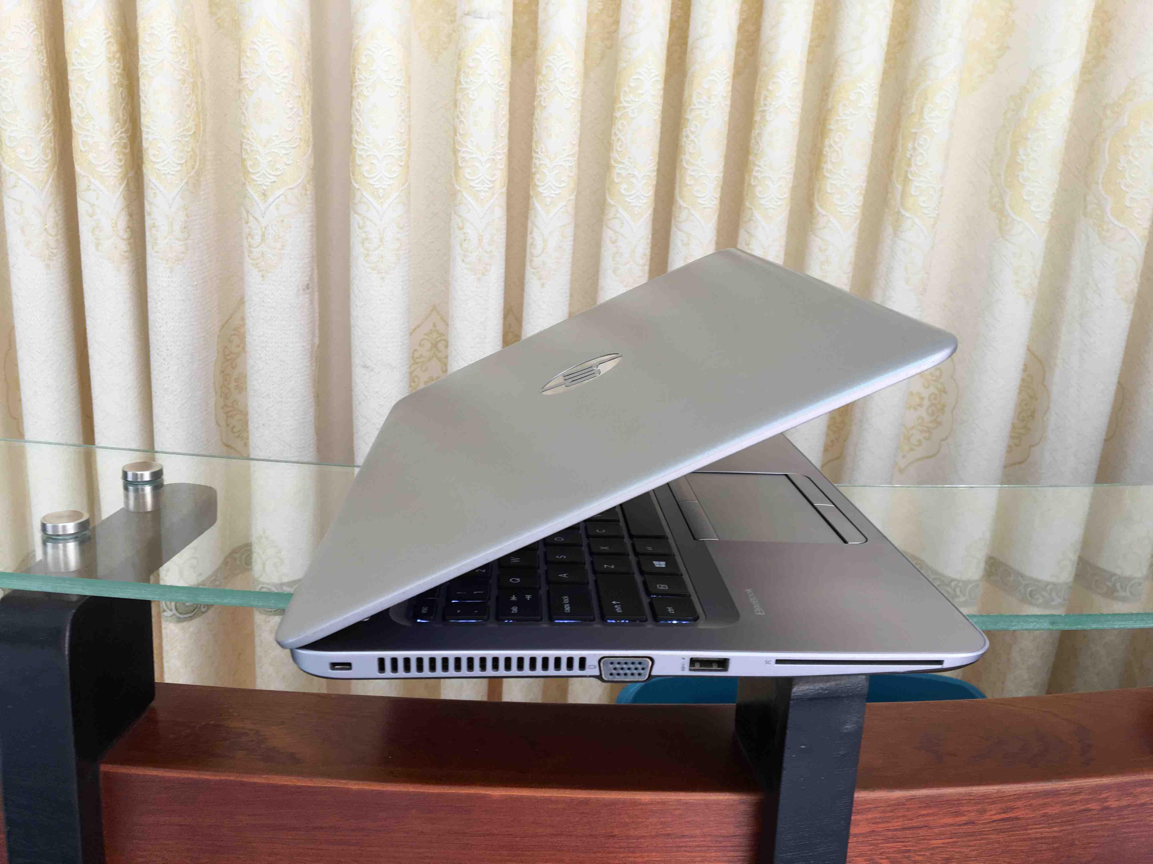 HP elitebook 840 g3 (7)
