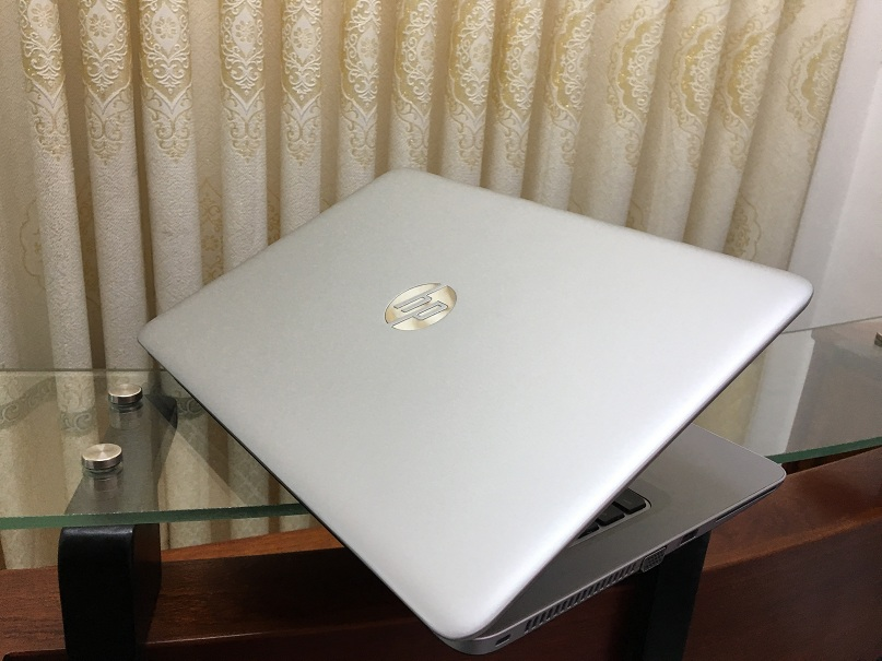 HP elitebook 840 g3 (2)