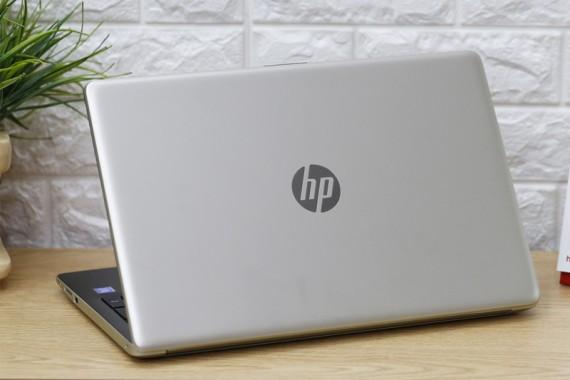 Hp laptop 15-da0 (1)
