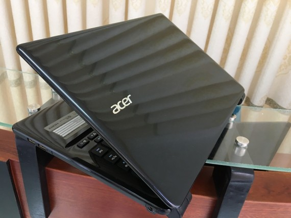 Acer E1-470 (4)