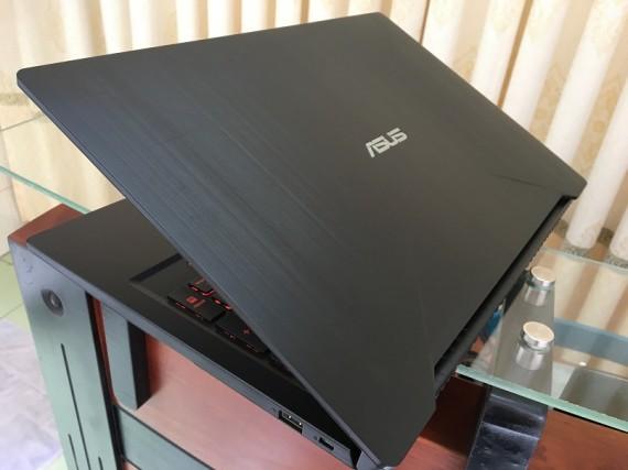 Asus FX503vd (2)