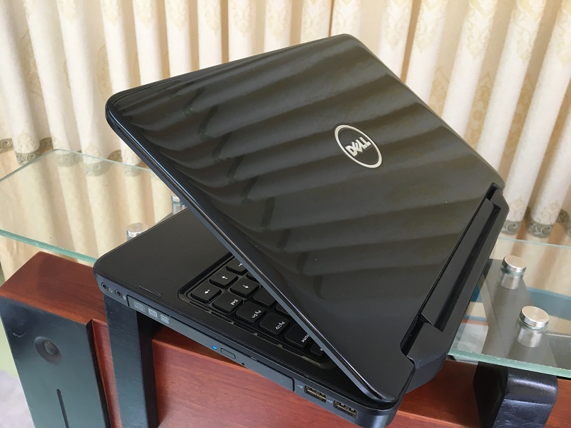 Dell inspiron N4050 (9)