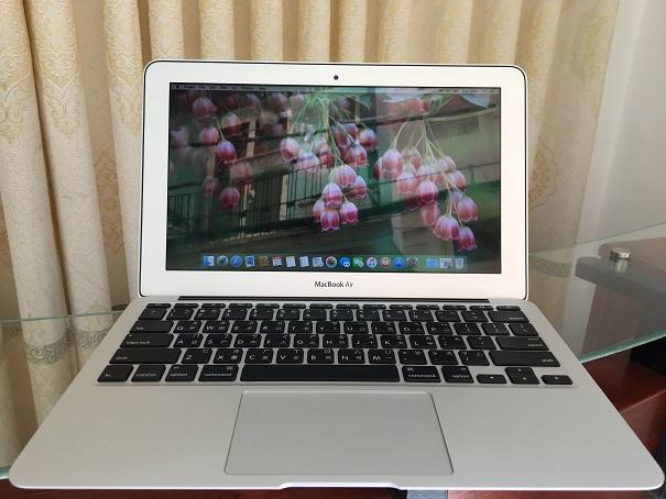MacBook Air A1370 (3)