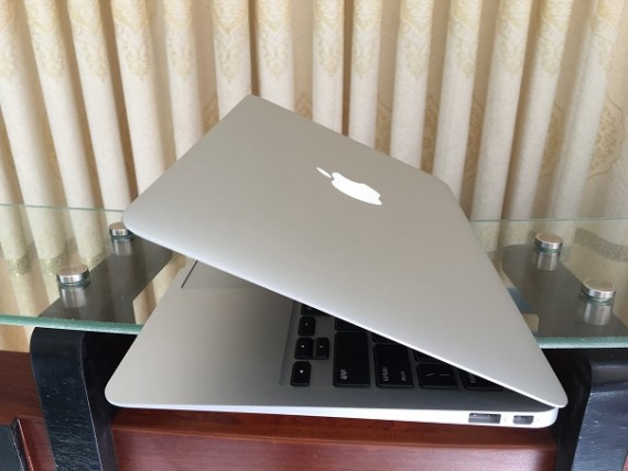 MacBook Air A1370 (5)