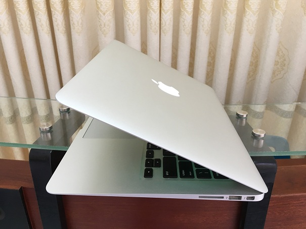 Macbook Air i7 (2017)