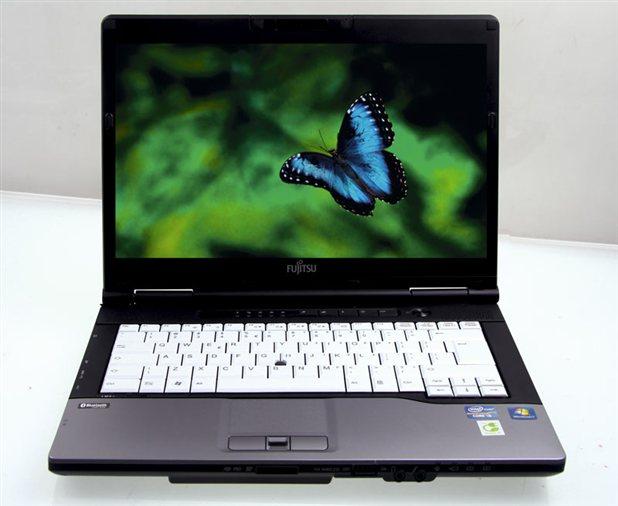 Fujitsu lifebook S752 (1)